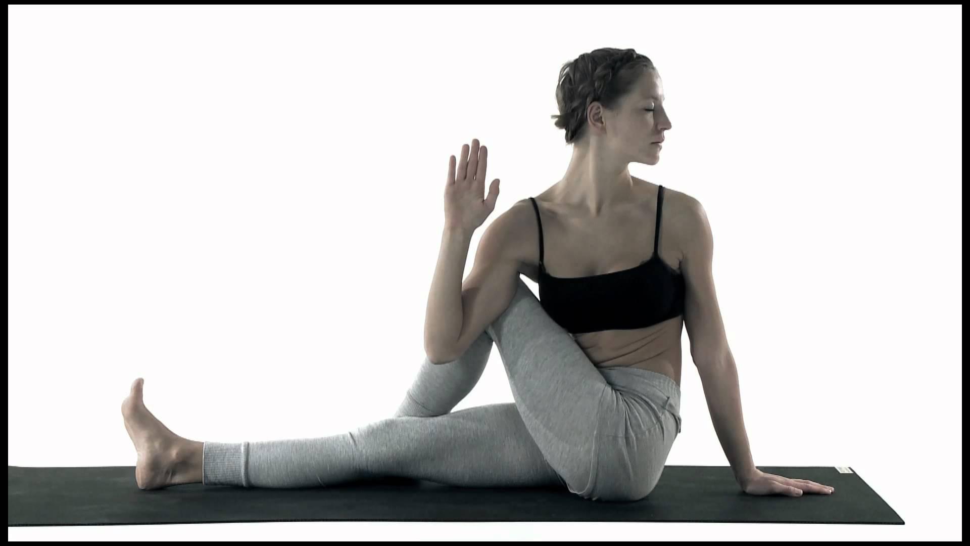 yoga kostenlos von zu hause lernen. Black Bedroom Furniture Sets. Home Design Ideas